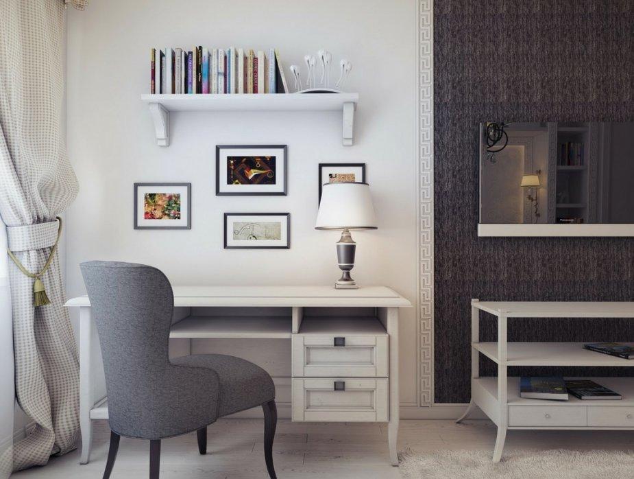 Un espace de travail créatif blanc et gris