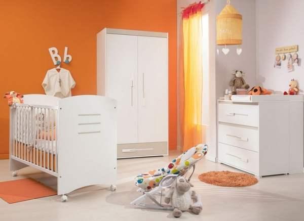 Am nager une chambre pour son enfant for Chambre orange et vert bebe