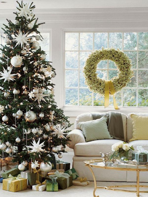 decoration-noel-sapin-argent-blanc-salon