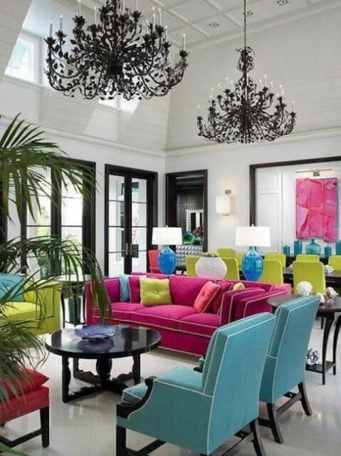 3-deco-salon-maison-multicolore