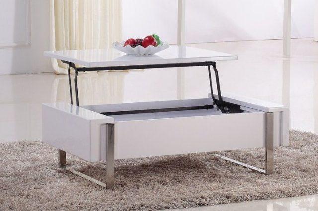 Gagner de la place dans votre salon avec une table basse - Table de salon plateau relevable ...