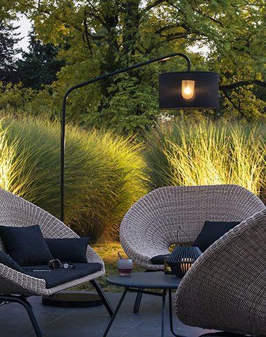 lampadaire extérieur salon de jardin