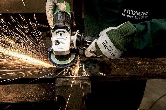 travailler métaux meule